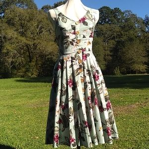 Nwot Hell bunny pinup retro floral dress